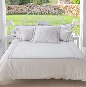 Super King Duvet Cover White and Ash Formentera