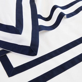 Queen flat sheet white & navy Formentera