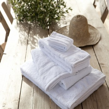 CASSIS_towels_white_Egyptian_Cotton_600GSM_fluffy_soft