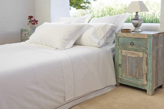 ... Single Bed Flat Sheet White Saria.  SARIA_Bedding_Pillow_Case_300_Thread_Percale_Ladder_Stitch
